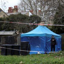 Estijoje suimtas vyras, siejamas su prancūzės nužudymu Britanijoje