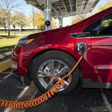 Perėjimas prie elektromobilių Vokietijai kainuos 75 tūkst. darbo vietų