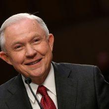 JAV generalinis prokuroras žada greit priimti sprendimą dėl H. Clinton prokuroro