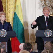 Chaotiškas D. Trumpo ir D. Grybauskaitės pokalbis apie NATO: citatos