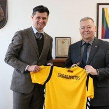 LFF prezidentas ir Alytaus meras aptarė Europos čempionato organizavimą