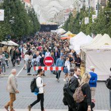 """""""Sostinės dienų"""" akcentai: 100 šachmatų lentų Lukiškių aikštėje ir kitos staigmenos"""