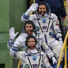 Rusijos raketa išskraidino į kosminę stotį du rusus ir amerikietį