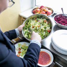 Maistas Kauno mokyklose: kainos – didesnės nei kavinėse?