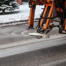 Pirmasis sniegas Vilniaus kelininkų neužklupo netikėtai