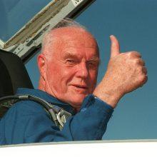 Kur bus palaidotas kosmoso pionierius J. Glennas?