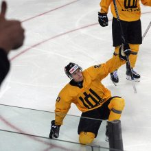 Lietuvos ledo ritulininkai pasaulio čempionate sutriuškino japonus
