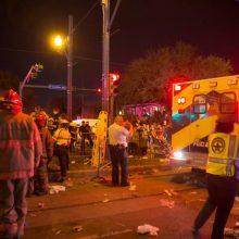 Tragiškos Užgavėnės JAV: sunkvežimis rėžėsi į minią <span style=color:red;>(sužeisti 28 žmonės)</span>