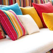 Paaiškino, kodėl ilgai nekeičiamos pagalvės kelia pavojų sveikatai