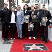 Buvusi vaikinų grupė NSYNC gavo žvaigždę Holivudo Šlovės alėjoje