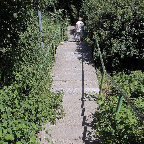Apgriuvę laiptai Šilainiuose  © Evaldo Šemioto nuotr.