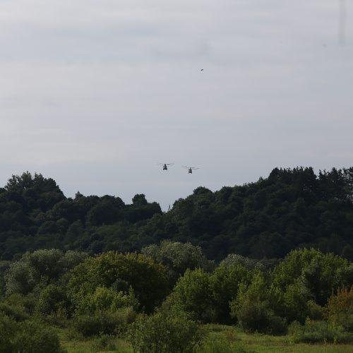 """Pratybos """"Kardo kirtis 2018"""" Kauno rajone  © A. Koroliovo/ELTA nuotr."""
