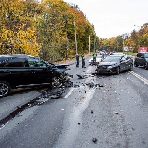Masinė avarija Veiverių g.  © Vilmanto Raupelio nuotr.