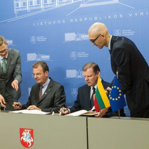 Premjeras pasirašė sutartį su Maltos ordinu