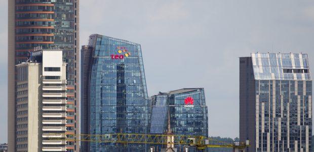 """Dangoraižiai Vilniuje: kada ir kas aplenks """"Europos"""" pastatą?"""