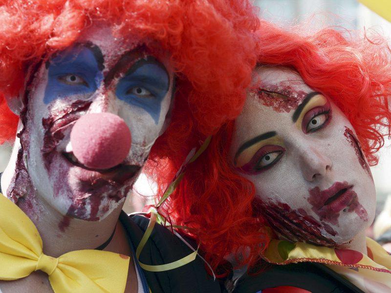 Rio de Žaneire sulaikyta 110 žmonių klounų kostiumais, įtariamų plėšikavimu