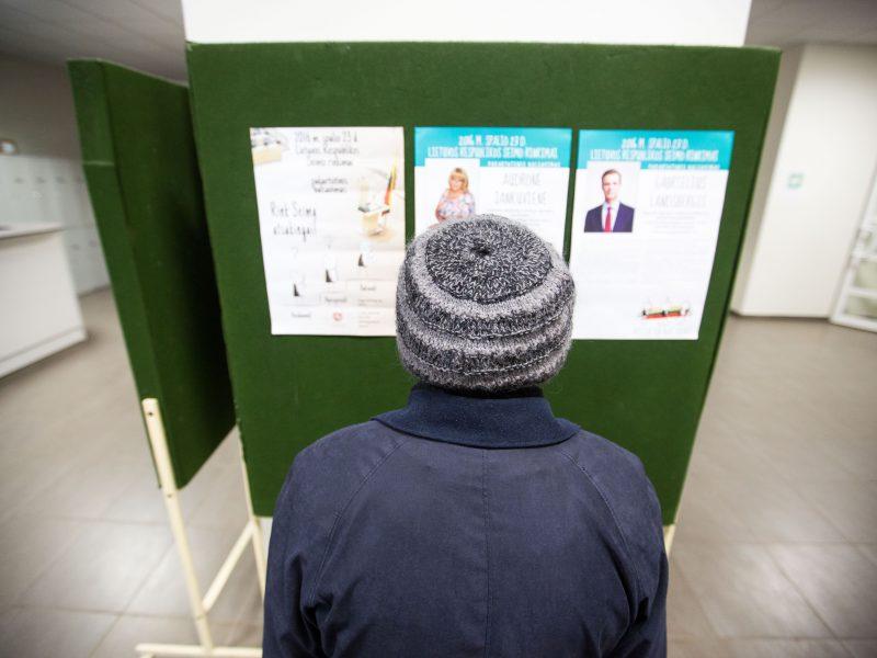 Kauniečiai balsuoja II rinkimų ture