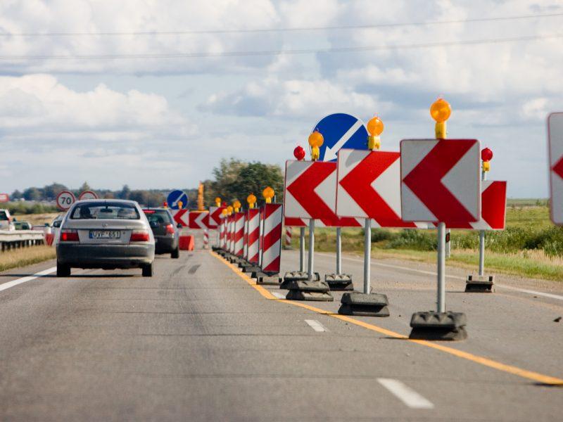 Dėl betoninio kelio Vilnius-Utena rekonstrukcijos – blaškymasis