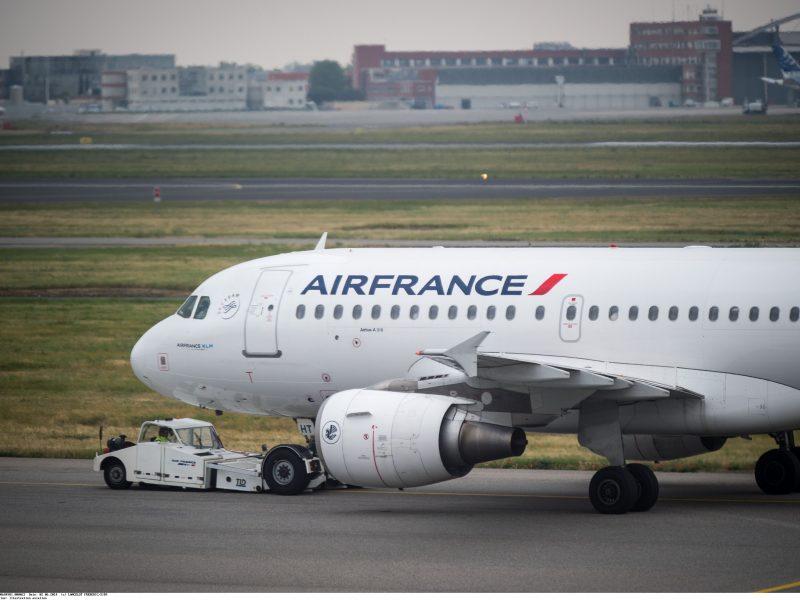 Prancūzijai gresia transporto chaosas dėl oro dispečerių streiko