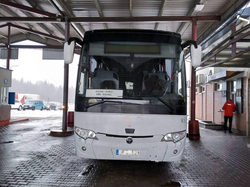 Iš Kijevo į Lietuvą važiavusiame autobuse – keturi kilogramai kanapių