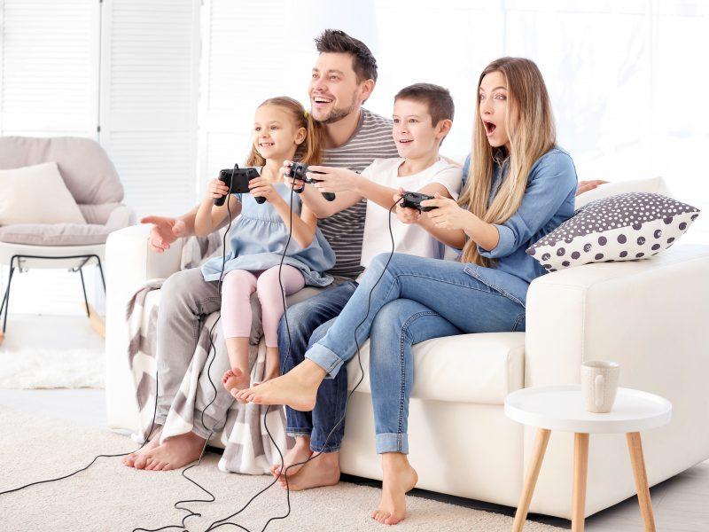 Apsėstieji kompiuterinių žaidimų manijos: kada jau verta sunerimti?