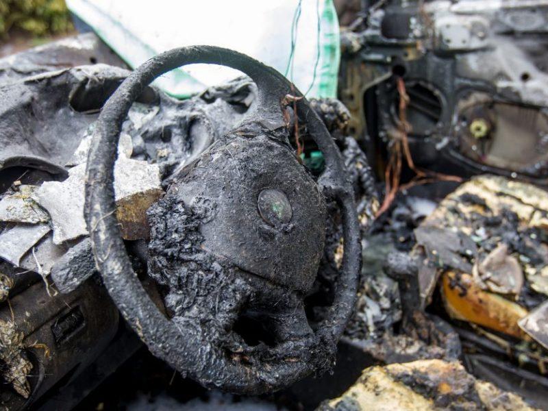Varėnoje automobilyje sudegė moteris, galima priežastis – neatsargus rūkymas