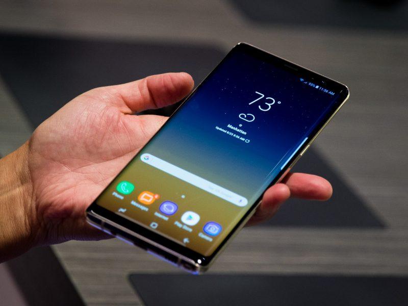 """Baltijos šalyse susidomėjimas """"Samsung Galaxy Note 8"""" – didžiulis"""