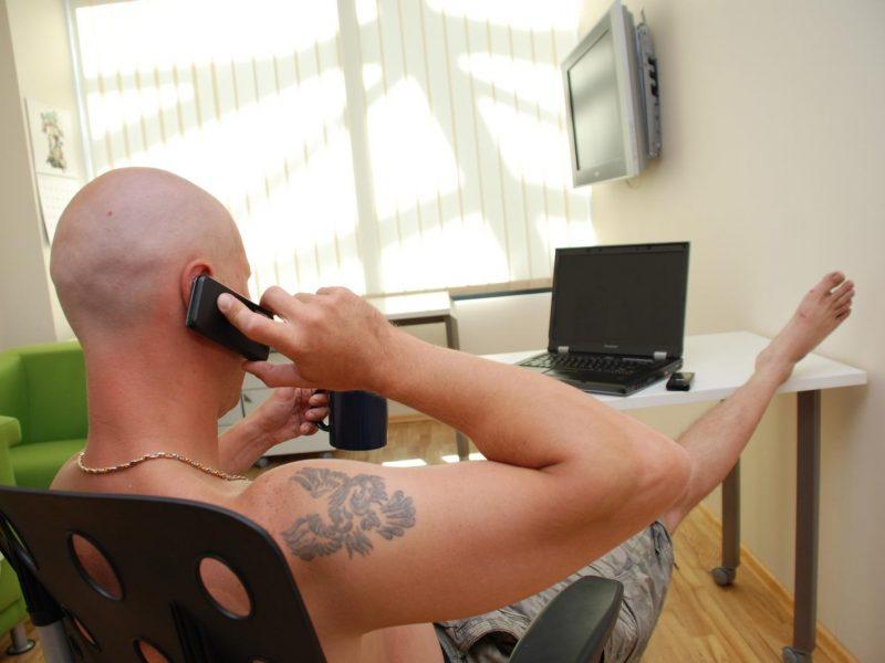 Telefoniniai sukčiai bus teisiami dėl beveik 9 tūkst. neteisėtai įgytų eurų