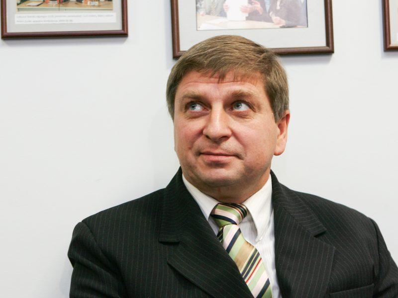 """Teismas grąžino buvusio """"Vilniaus vandenų"""" vadovo bylą"""