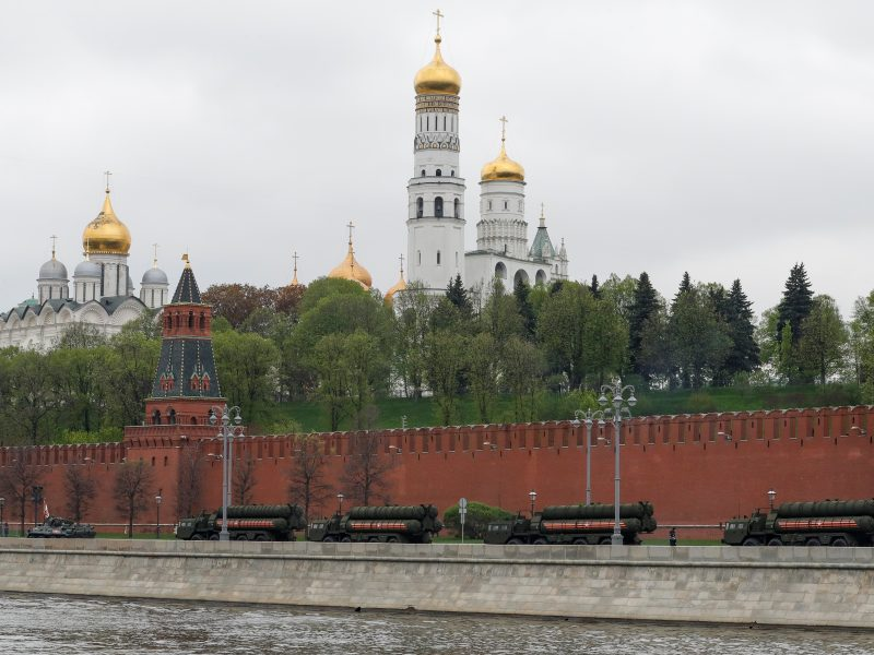Konservatoriai perspėja dėl galimo Rusijos šantažo artėjant rinkimams