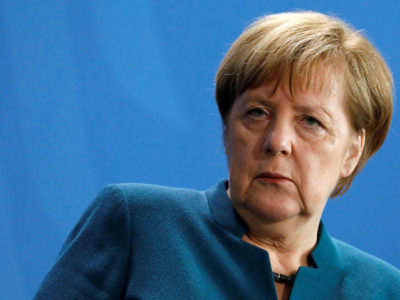 """ES pritarė Prancūzijos ir Vokietijos kompromisui dėl """"Nord Stream 2"""""""