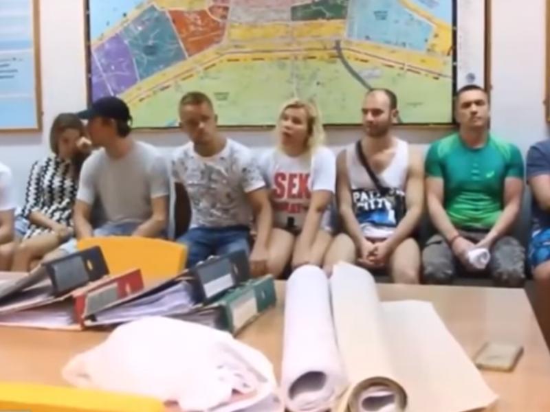 Tailande dėl sekso seminaro turistams sulaikyta 10 rusų