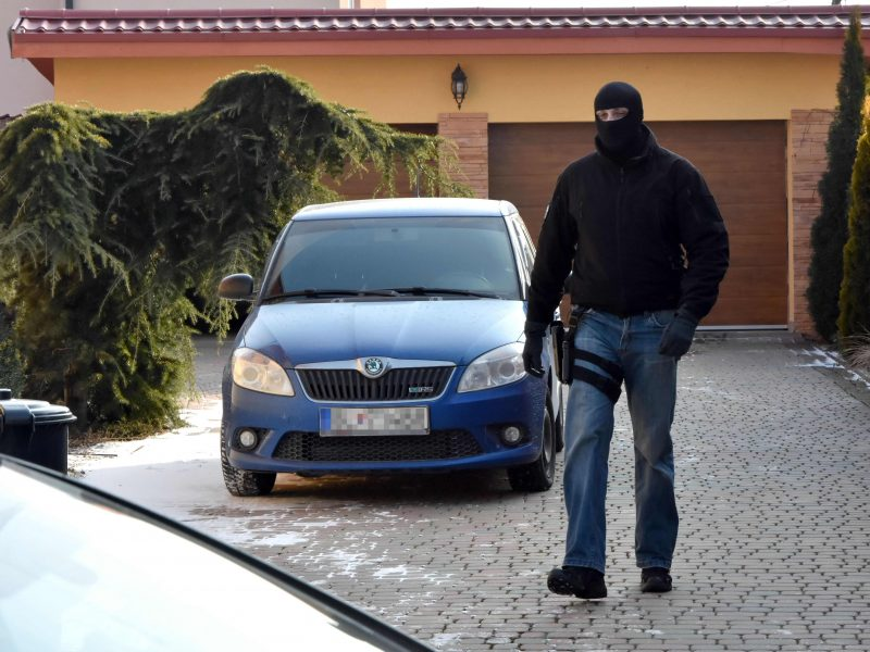 Policija sulaikė nužudyto žurnalisto paminėtus kyšininkavimu įtariamus italus