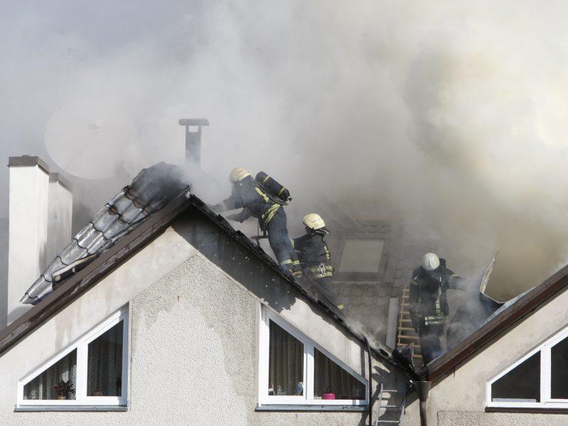 Name kilo gaisras ir sprogimas