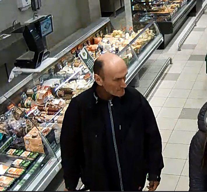Policija ieško vyro, kuris nesiteikė sumokėti už prekes