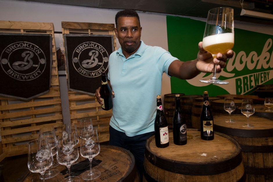 """Lietuvos aludariai įkvėpimo semsis iš """"Brooklyn Brewery"""" meistrų"""