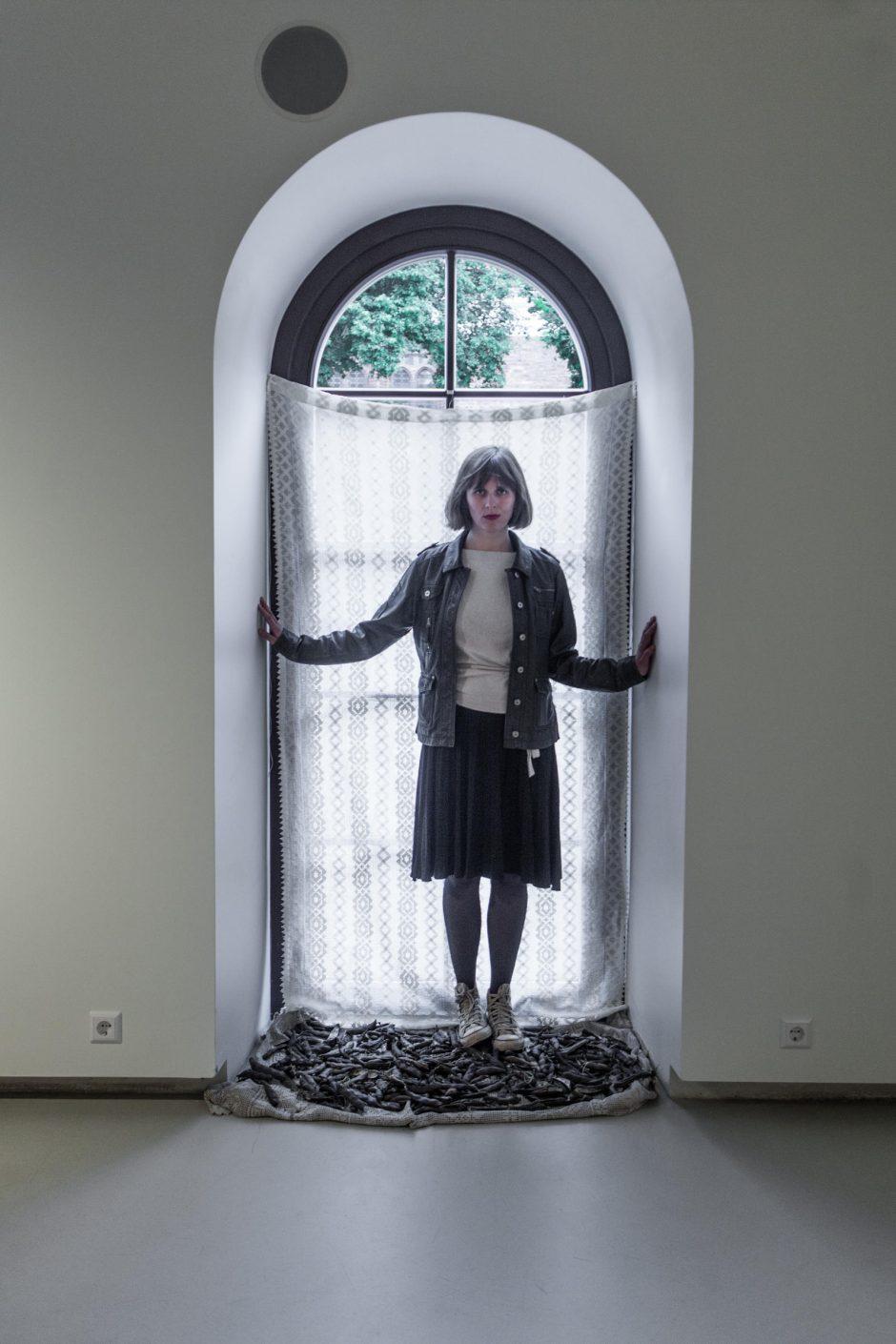 """Vikos Ekstės parodos """"Dievs Daba Darbs"""" atidarymas"""