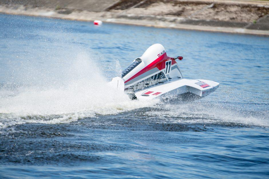F2 vandens formulių lenktynės: E. Riabko aplenkė tik italas