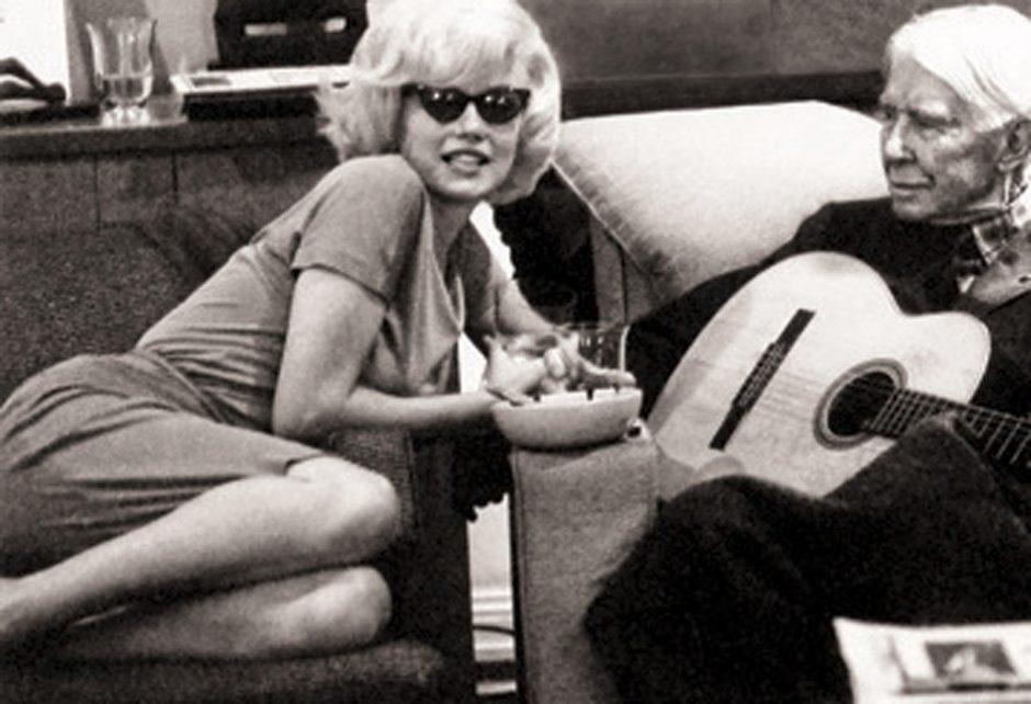 M. Monroe vylėsi ištekėti už J. F.Kennedy?