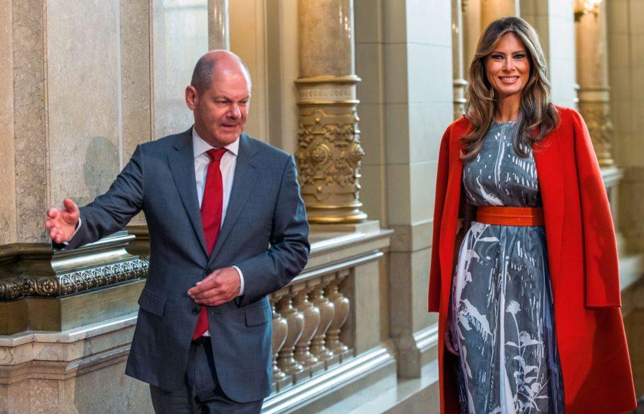 Hamburgo meras G-20 dalyviams aprodė įspūdingą miesto rotušę
