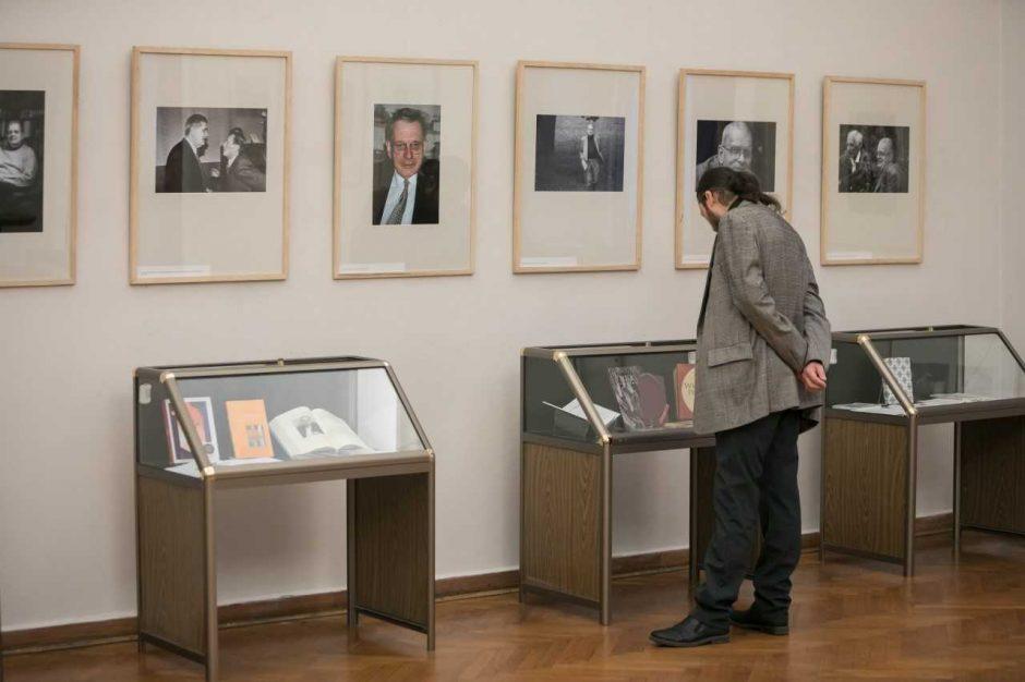 Sostinės garbės piliečiui T. Venclovai – sveikinimai Rotušėje 80-mečio proga