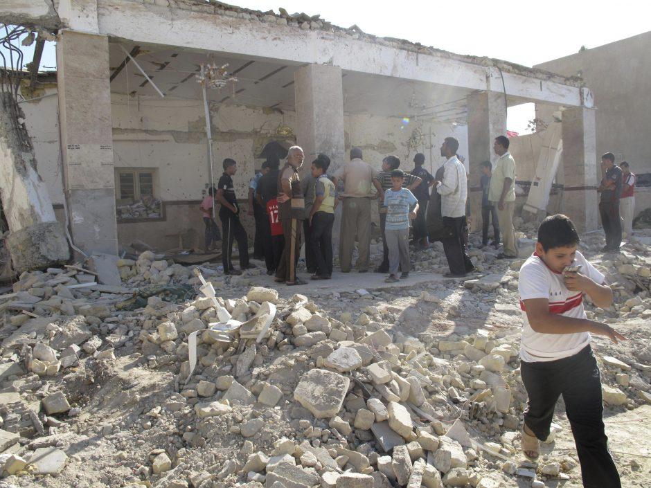 Irake per bombos sprogimą sunitų mečetėje žuvo 20 žmonių