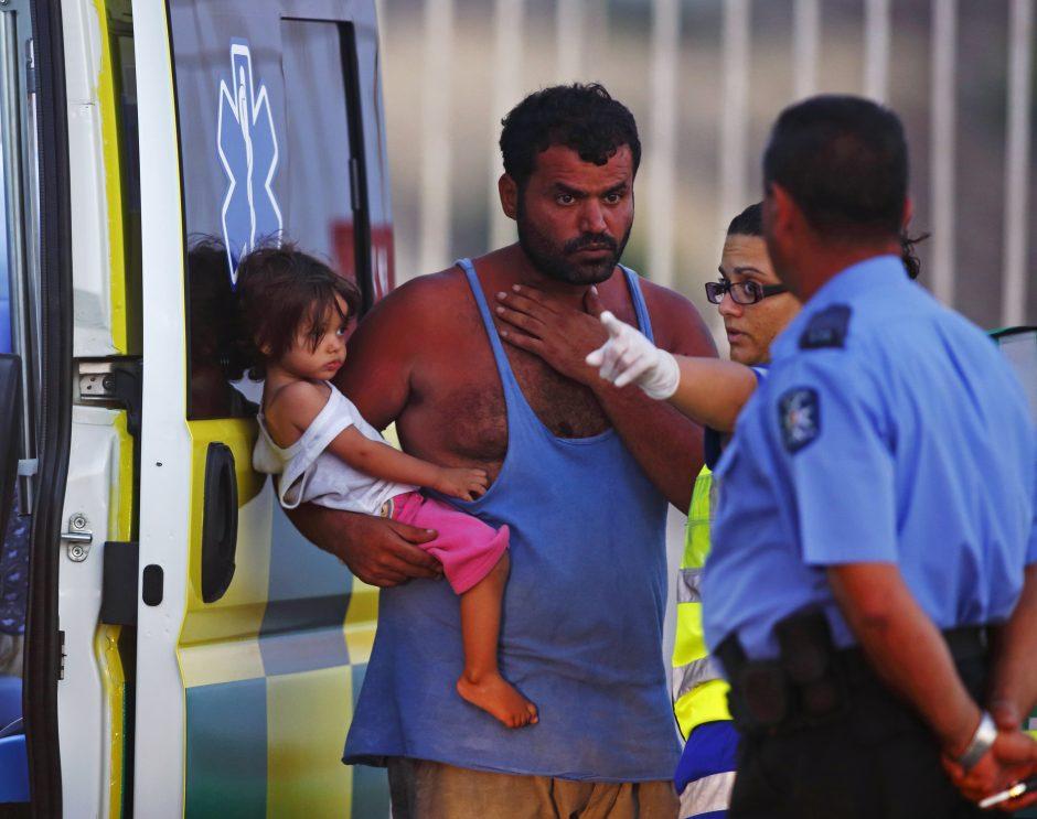 Italija sutiko perimti Maltos atstumtus pabėgėlius