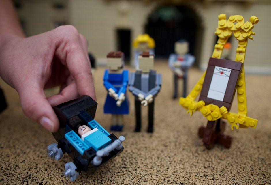 """Iš """"Lego"""" sulipdė karališkąjį kūdikį"""