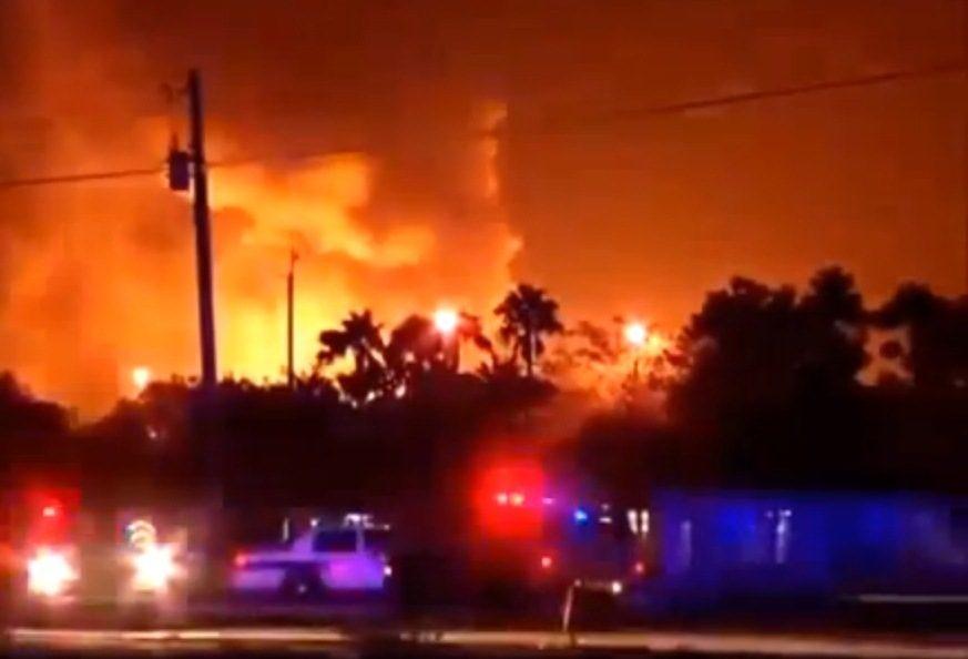 Floridoje per sprogimą dujų įmonėje sužeisti mažiausiai 7 žmonės (atnaujinta)