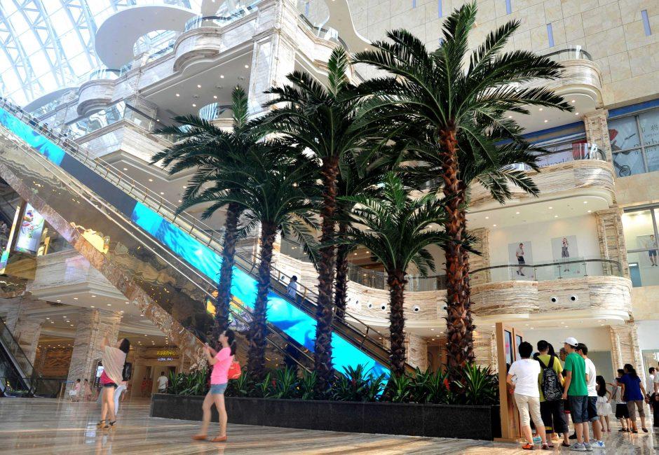 Vakarų Kinijoje atidarytas didžiausias pasaulyje pastatas