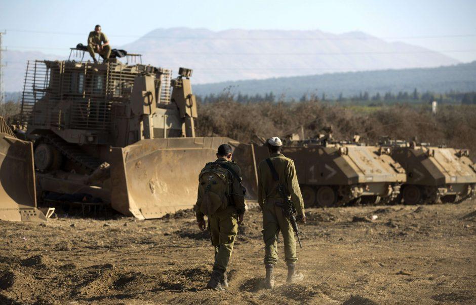 JAV ir jų sąjungininkai ruošiasi potencialiam kariniam smūgiui Sirijoje (papildyta)