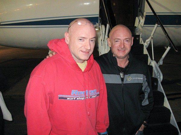 Identiški dvyniai padės NASA suprasti kosminių skrydžių įtaką genams
