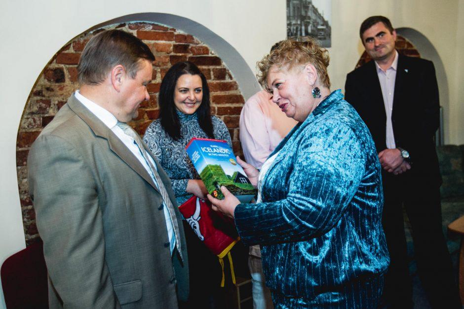 Kaune duris atvėrė Seimo pirmininko V. Gedvilo biuras