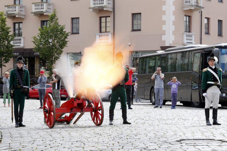 Klaipėdoje – Dragūnų bataliono iškilmės